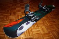 Predám snowboard aj s viazaním.