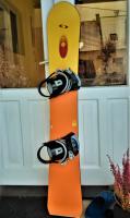Snowboard s viazaním